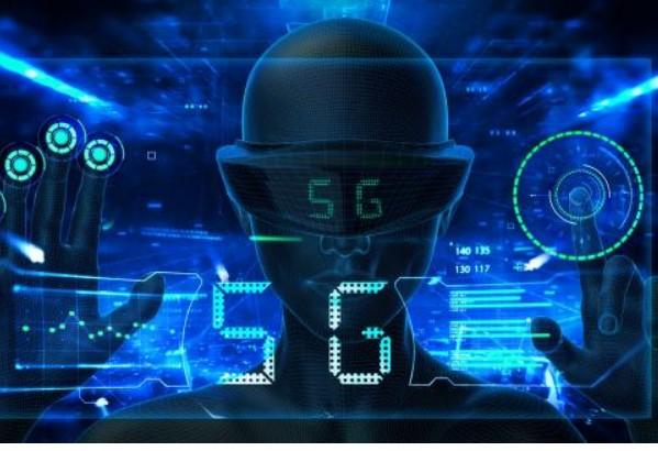 利用 5G 網絡及現代醫療技術,建成首個5G 智慧醫療試點