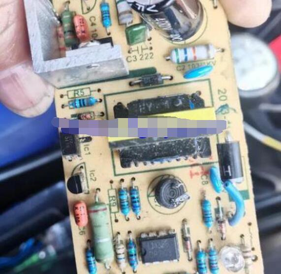 12惫充电器要用多大电容