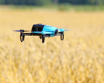 新基建浪潮下進一步推動了智能機器人的創新發展