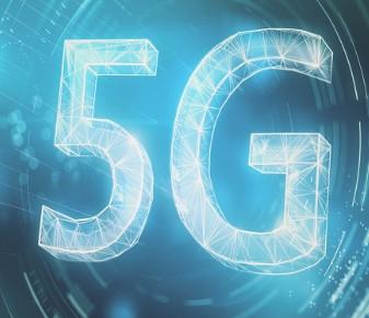 5G 独立组网采用云原生的核心网连接高性能的新无...