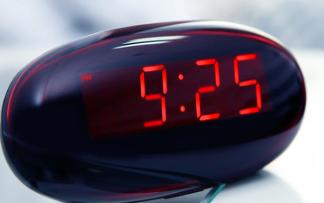 使用单片机实现实时时钟的程序和电路图免费下载