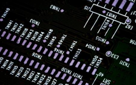 关于SMT贴片机在操作过程中的注意事项