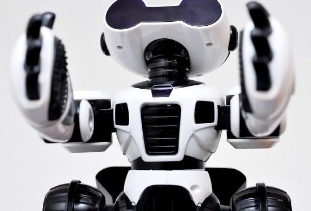分析服务型机器人存在的安全隐患