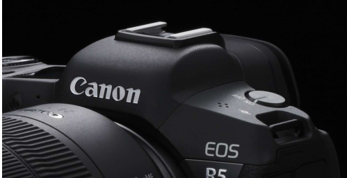 佳能EOS R5实力PK索尼专业微单 高速连拍圈粉