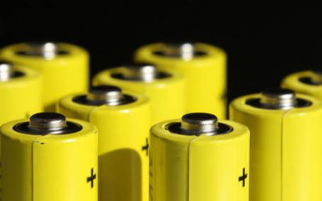 电池安全很重要,大电流弹片微针模组可辨良品