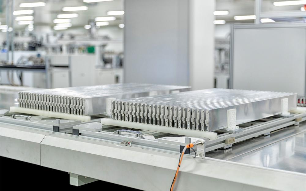 动力电池之争:锂离子还是固态?