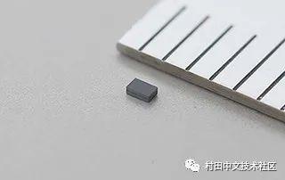 村田超小型32.768kHz MEMS谐振器
