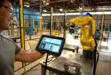 他们让工业机器人变得简单、高效、经济……