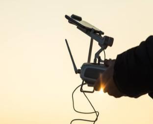 美国国防部资助无人机初创公司,将进一步改进人机协...