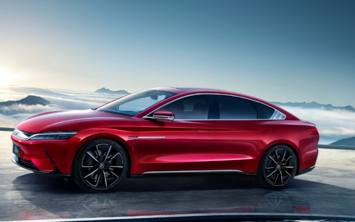 消费者业务占半壁江山,HUAWEI能否在汽车市场再造神话?