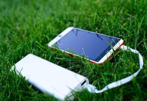 OPPO發布兩款輕量超閃充電寶,小身材大電量
