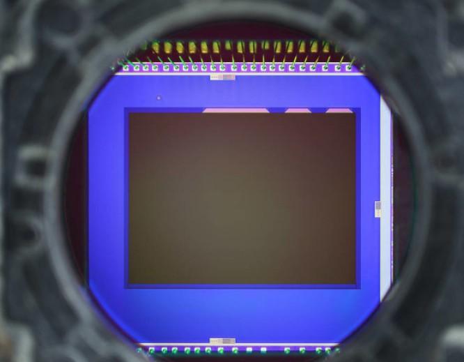 瑞萨电子推出新一代RE01组嵌入式控制器