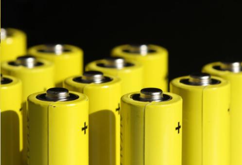 美國開發新型的帶有新圖層的鋰金屬電池,壽命提高三倍