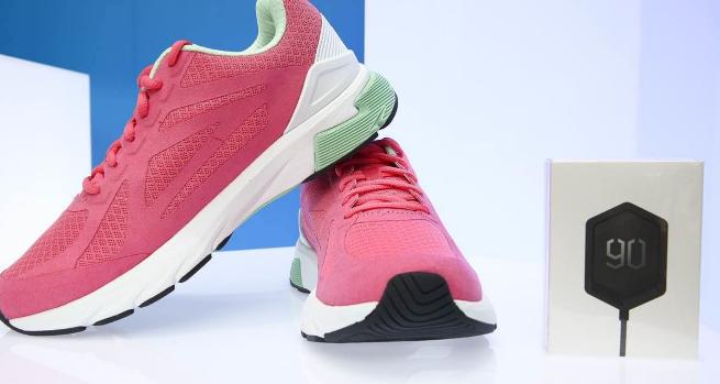 小米生態鏈企業又一款智能跑鞋問世,內置英特爾 Curie 芯片