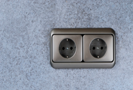 小米推出立式無線充插座,形狀怪異,支持無線充電