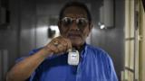 新加坡为没有智能手机的老年人提供蓝牙COVID-19追踪器