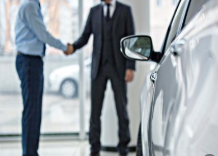 分析总结多个新能源汽车企业2020上半年的表现及销量