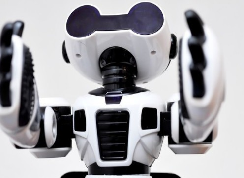 人造皮膚傳感器的開發賦予機器人感覺的能力