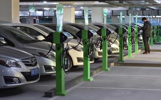 新能源汽車市場下滑,汽車下鄉提供新思路