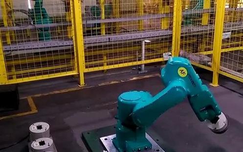 代工巨頭富士康發布AGV新品 與打造無人工廠