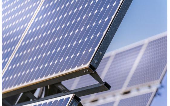 合并太陽能電池和液體電池的技術說明