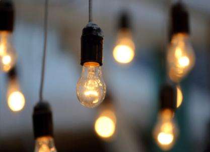 隨手關燈是否更省電?要看燈的類型!