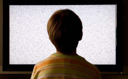 因新冠疫情原因,电视OLED面板价格3年首度下滑