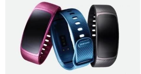 三星推出Gear Fit2和IconX可穿戴设备