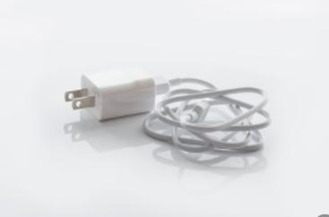 测评IDMIX的USB-C to Lighting数据线:采用编织线身,原装MFi认证