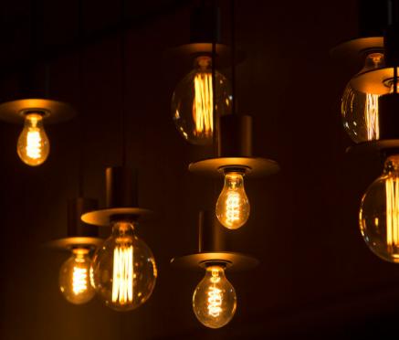 大佬如何看待处于边缘的LED白光下半年的发展趋势