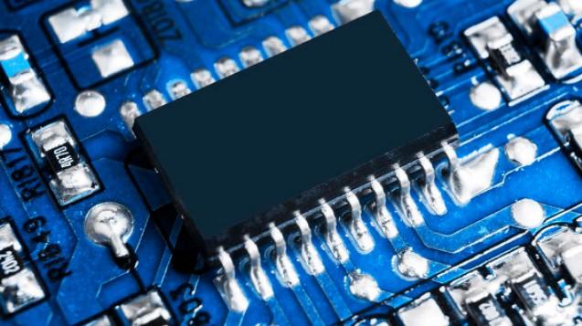 助推半導體顯示行業發展的兩大動力