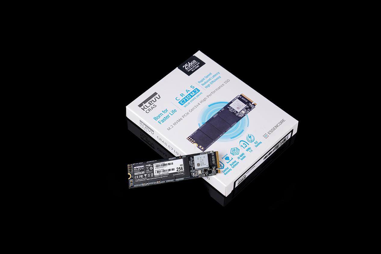 科賦KLEVV CRAS C710 PCIe M.2 SSD固態硬盤采用PCle Gen3x4高速接口