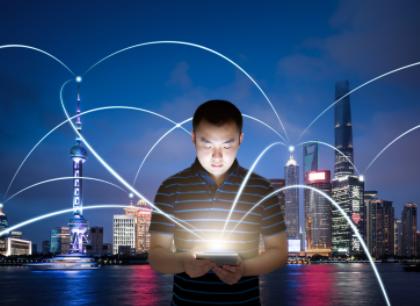 深圳有望提前完成4.5万个5G基站目标,实现5G...