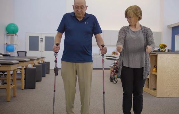 De Oro Devices发布一款可帮助帕金森患者安全行走的电子产品