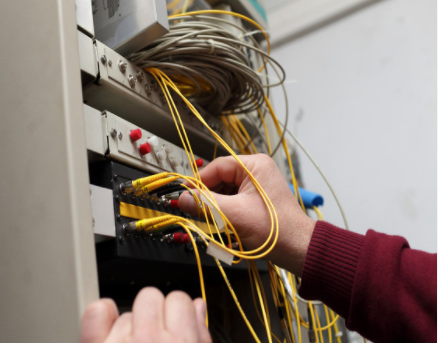 预计到2026年底光纤连接器将达到17亿美元