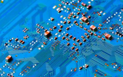 目前半导体行业已经进入了高端芯片的新时代