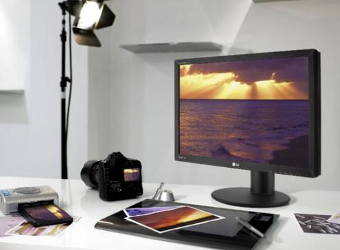 探讨未来OLED能否取代LCD