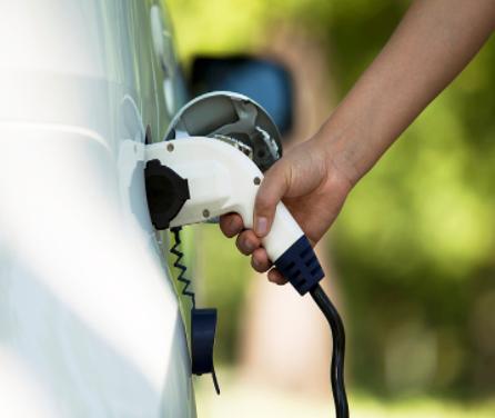 宝马将与德企Duesenfeld合作回收利用96%的电动汽车电池