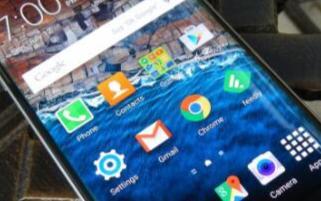 第三方UI中的功能是否超過了Android中的最...
