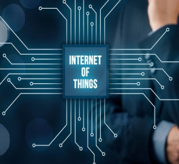龙岗与华为共建工业互联网创新中心,全力推动新兴技术与实体经济的融合