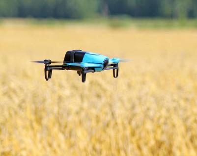 为什么大多数消费级无人机都会首选GPS导航来进行飞行控制?