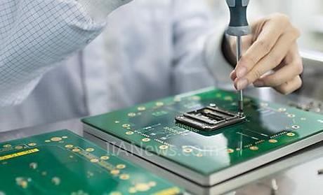 STS适用于RF、混合信号和MEMS半导体器件的...