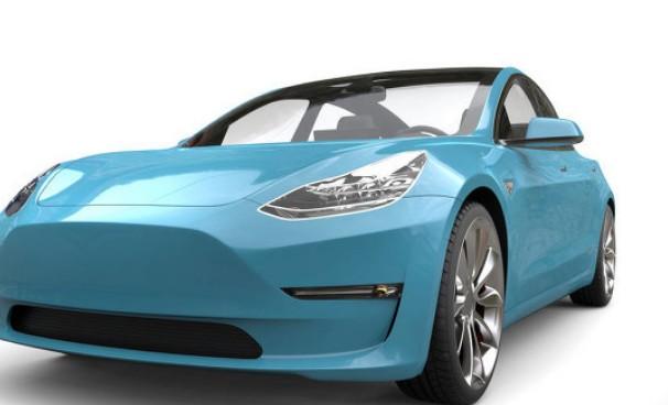 锂离子电池组,逆变器和驱动单元构成了电动汽车动力总成的心脏