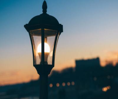 LED智慧灯杆如何通过数字化服务于智慧城市?