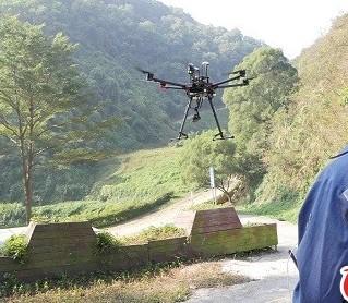 沿海地区使用大疆的经纬M200系列等动力冗余度较高的无人机进行作业