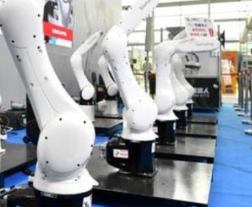 在新基建的潮流下 工业机器人的价值愈发凸显