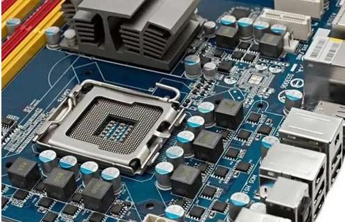 英特尔CEO表示CPU将采用7纳米芯片技术