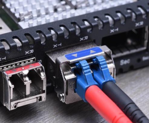 DMC-MD:新连接器尾盖成该系列的最新成本节约型产品