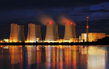 乌东德电站送电厂广东广西±800千伏特高压柔性直流换流阀成功发运