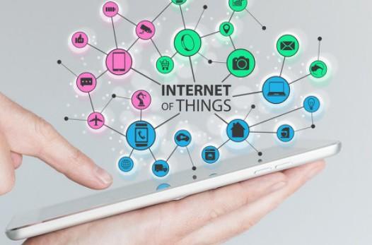 """在""""互联网+""""等国家政策的支持下,未来智慧安防应用前景广阔"""